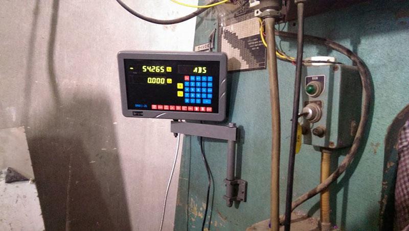 Lắp thước quang máy chấn tôn Công Ty Inox Hoàng Kim 1