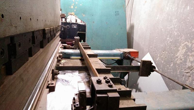 Lắp thước quang máy chấn tôn Công Ty Inox Hoàng Kim 2