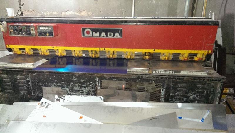 Lắp thước quang máy chấn tôn Công Ty Inox Hoàng Kim 6